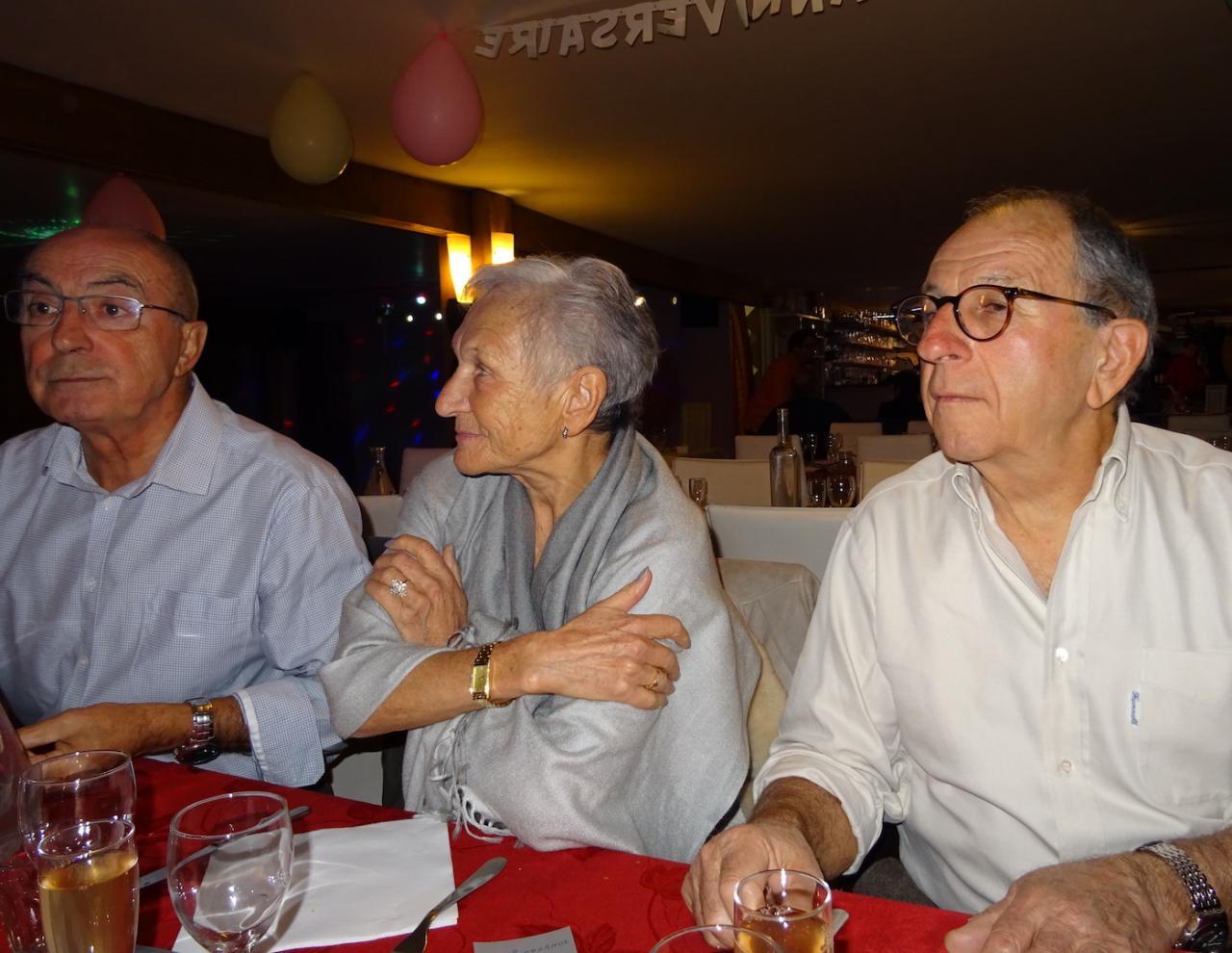 Jeannie, Pierre et René