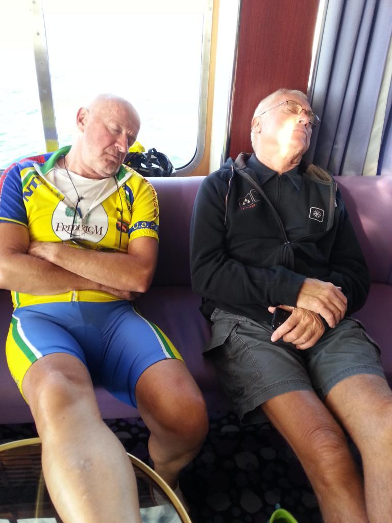 Nous on s'en moque ont fait la sieste.